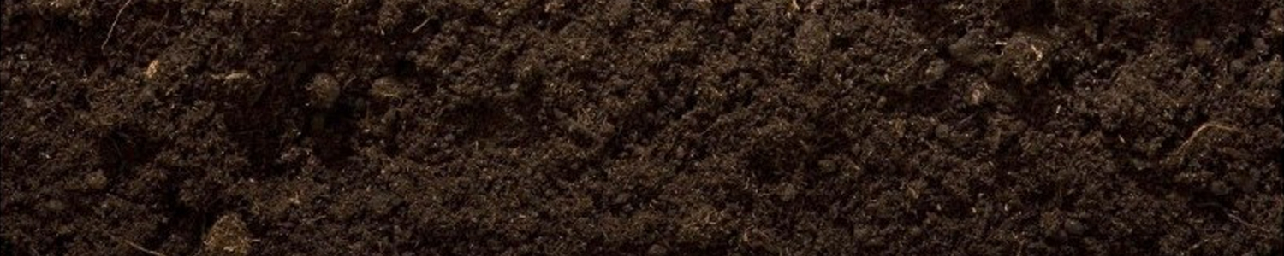 Hoeveel 'universele potgrond' dient te worden toegevoegd aan de toplaag van 10 cm dikte en dit over 1 ha en dit om het gehalte aan organisch materiaal in die toplaag met 1% te doen toenemen?